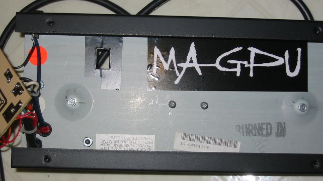 http://www.cliffmccarthy.net/images/peavey_rage108_footswitch/tape_sticker.jpg
