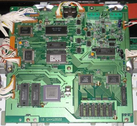 http://www.cliffmccarthy.net/images/roland_d50/roland_d50_main_board.jpg